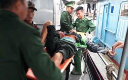 Nổ bình gas trên tàu, 6 người bị thương nặng