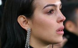 Bạn gái Ronaldo rơi nước mắt, nhắc tới luật nhân quả để châm chọc Real?