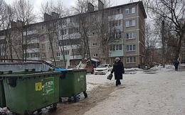 Người phụ nữ vứt con mới sinh trong thùng rác, tiếp tục ăn nhậu cùng bạn bè gây phẫn nộ