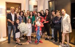Trong tiệc sinh nhật riêng tư của Hồng Nhung tiếp tục xuất hiện nhân vật đặc biệt này, một lần nữa rộ nghi án diva 49 tuổi có tình mới