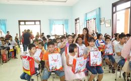 """Trẻ em làng SOS Đà Nẵng: """"Cảm ơn các cô chú Vietjet"""""""