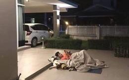 Giữa đêm, chồng mang chăn ra ngủ cùng 'bồ' giữa sân, vợ dở khóc dở cười khi biết lý do