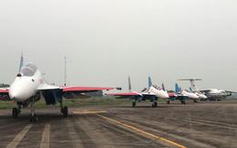 """Cận cảnh chiến đấu cơ quái thú Su-30SM Hiệp sĩ Nga ở Việt Nam: Chỉ hai từ """"cực đẹp""""!"""