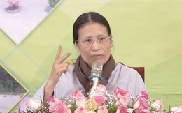 Bà Phạm Thị Yến - chùa Ba Vàng xuất thân là thợ may, làm nghề sửa quần áo tại chợ