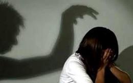 Bắt quả tang người đàn ông xâm hại tình dục con gái người tình