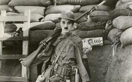 Nỗi đau âm ỉ cả đời của vua hề Chaplin: Bị gửi cả lông trắng đến nhà để giễu cợt