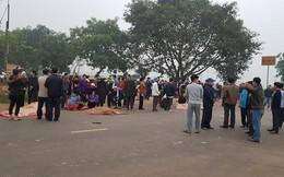Hiện trường vụ xe khách đâm 7 người tử vong ở Vĩnh Phúc