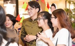 Quang Bảo thu hút sự chú ý khi diện trang phục Thái Lan