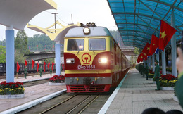 Vì sao tàu bọc thép chở Chủ tịch Triều Tiên đổi đầu máy của đường sắt Trung Quốc trước khi tới Đồng Đăng?