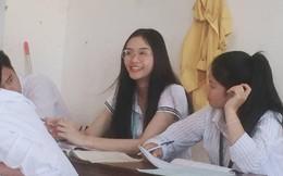 Info cô giáo thực tập người Lào được học trò rần rần share nhau