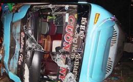 Vụ lật xe khách ở Bình Dương: Tài xế xe tải đã tử vong