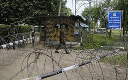 """Ấn Độ - Pakistan """"bùng"""" hỏa lực trực diện tại Kashmir?"""