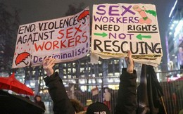 """Gái mại dâm Anh """"đình công"""", biểu tình chống phân biệt đối xử hôm 8/3"""
