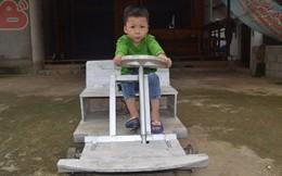 Chiếc ô tô điện không đứa trẻ nào có: Món quà người đàn ông Nghệ An dành cho con