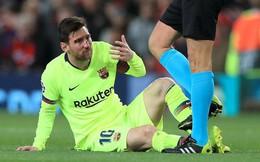 """Mặt Messi bê bết máu sau khi """"dính đòn"""" từ Smalling"""