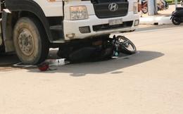 Vợ tử vong, chồng bị thương sau khi bị xe bồn trộn bê tông cuốn vào gầm