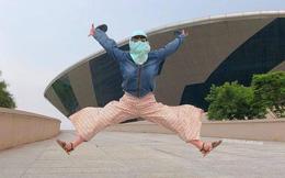 Không có xe tay ga nhưng ninja vẫn giữ nguyên phong cách, chụp ảnh du lịch hè mà bưng bít từ đầu đến chân