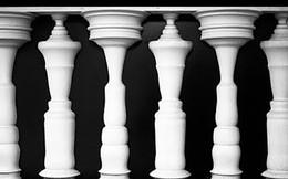Bạn nhìn thấy cây cột hay hình người, đáp án sẽ tiết lộ ấn tượng đầu tiên của mọi người về bạn