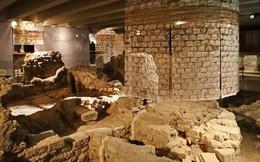 Kiến trúc khổng lồ gần 2.000 năm tuổi tồn tại ngay dưới chân nhà thờ Đức Bà Paris