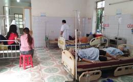 Sau tiệc cưới, 8 người phải nhập viện vì ngộ độc