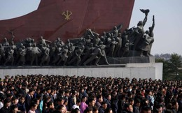Ảnh: Hàng vạn người Triều Tiên kỷ niệm sinh nhật cố Chủ tịch Kim Nhật Thành