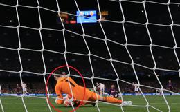 """""""Tặng"""" bàn thắng cho Messi, De Gea có tên trong top thủ môn """"dính phốt"""" nhiều nhất"""