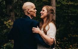 Cô dâu bỏ chụp hình đính hôn để thực hiện bộ ảnh gia đình cùng người cha ung thư giai đoạn cuối gây xúc động
