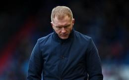 Huyền thoại Man United liên tiếp gặp vận xui, có thể bị treo bằng lái xe vì 1 phút lơ đãng