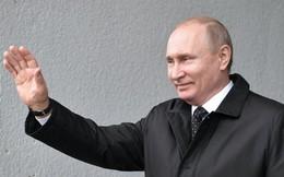 """Chỉ một hành động, Tổng thống Nga cho thấy ông có cả """"cây gậy và củ cà rốt"""" cho Ukraine"""