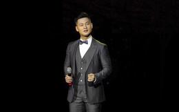 """Bị khán giả so sánh, chê bai khi hát """"bài tủ"""" của Khánh Ly, Đức Tuấn lên tiếng"""