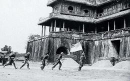 Đầu xuân 1975, quân ta giải phóng miền Nam, thống nhất hoàn toàn Tổ quốc