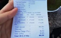 """Đi biển chơi tưởng sung sướng, """"khổ chủ"""" méo mặt trả gần 1 triệu cho 5 phần nước: Dừa 150k/quả, sinh tố 170k/ly"""