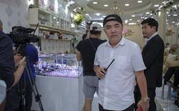 Quốc Thuận bức xúc khi danh hài Thúy Nga bị cho là hết thời nên phải về Việt Nam kiếm show