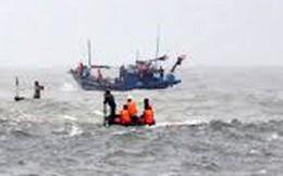 Ngư phủ thoát chết do nhảy xuống biển sau khi ẩu đả với thuyền trưởng