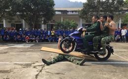 """Lính Biên phòng Việt Nam và những màn trình diễn """"khí công thượng thừa"""" như phim hành động"""