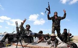 Libya: Ác liệt cả chiến trường lẫn ngoại giao