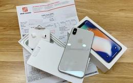 Điện thoại Nhật Cường xuống giá thê thảm sau khi cửa hàng bị khám xét
