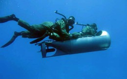 """Hãy quên Máy bay tàng hình: Đặc nhiệm SBS của Anh đã trang bị cano tàng hình của """"Batman"""""""