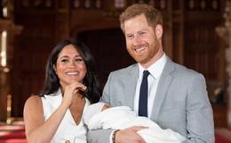 Mới một tuần tuổi, con trai nhà Meghan đã được 'tặng' nhà mới trong Cung điện, được Disney lừng danh dựng video hoạt hình riêng, ăn đứt 3 con nhà Kate