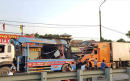 Nam Định: Xe container mất lái tông vào 4 nhà dân