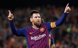 """Cú đấm """"hiền lành"""" vào mặt Fabinho và đôi chân khuynh đảo thế giới của Messi"""