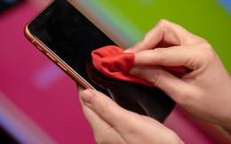 9 sai lầm thường mắc khi vệ sinh điện thoại mà bạn cần phải bỏ ngay nếu không muốn chúng nhanh bị hỏng