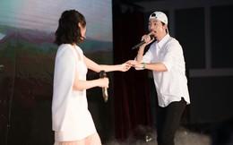 Rapper Đen và Min tình tứ hát chung