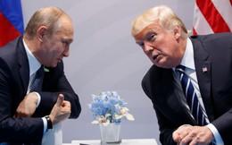 """Lần đầu họp mặt, ông Trump bị ông Putin """"xoay như chong chóng"""": Mỹ hoàn toàn """"dưới cơ""""?"""