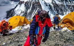 2 nữ du khách thiệt mạng trong lúc chinh phục đỉnh Everest: Biết nguyên nhân xong bạn sẽ rút ra bài học cho mình trong quá trình trekking