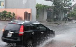 Bắc Bộ, Trung Bộ, Hà Nội: Mưa dông có khả năng sét, tố, gió giật mạnh