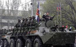 """Cấp hộ chiếu cho dân Donbass, Nga còn chơi đòn """"dưới thắt lưng"""": Phải có hộ chiếu ly khai?"""