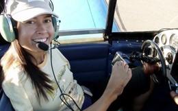 Nghị lực sống của nữ phi công không tay