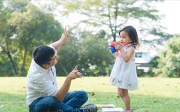 10 quy tắc đơn giản nhưng cần thiết ông bố nào cũng nên nằm lòng khi nuôi dạy một cô con gái
