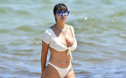 Jackie Cruz khoe vóc dáng nảy nở, hút ánh nhìn trên biển